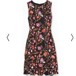 🌺WHBM🌺 EMBROIDERED FLORAL SHEATH DRESS🌺
